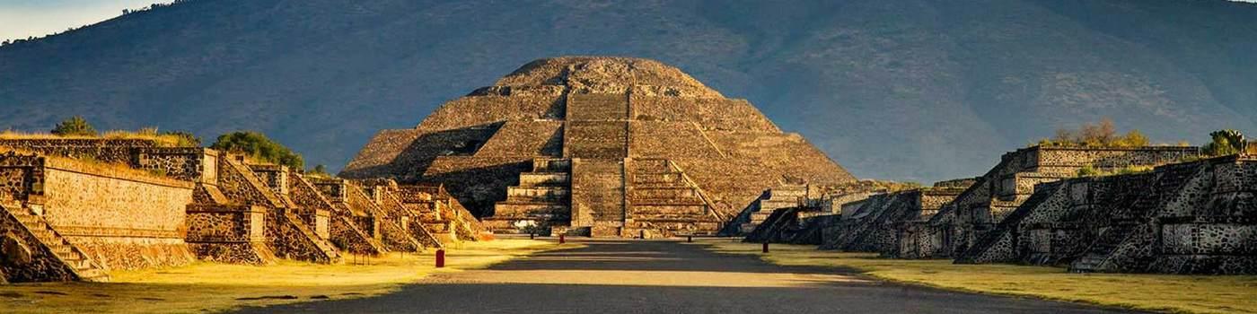 Puerta 2 Pirámides Teotihuacán